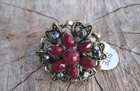 טבעת ציפוי משובצת אבני גרנט